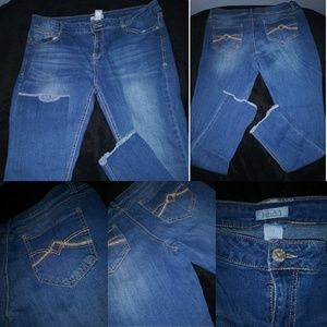 Mudd jeans /straight leg  size 15